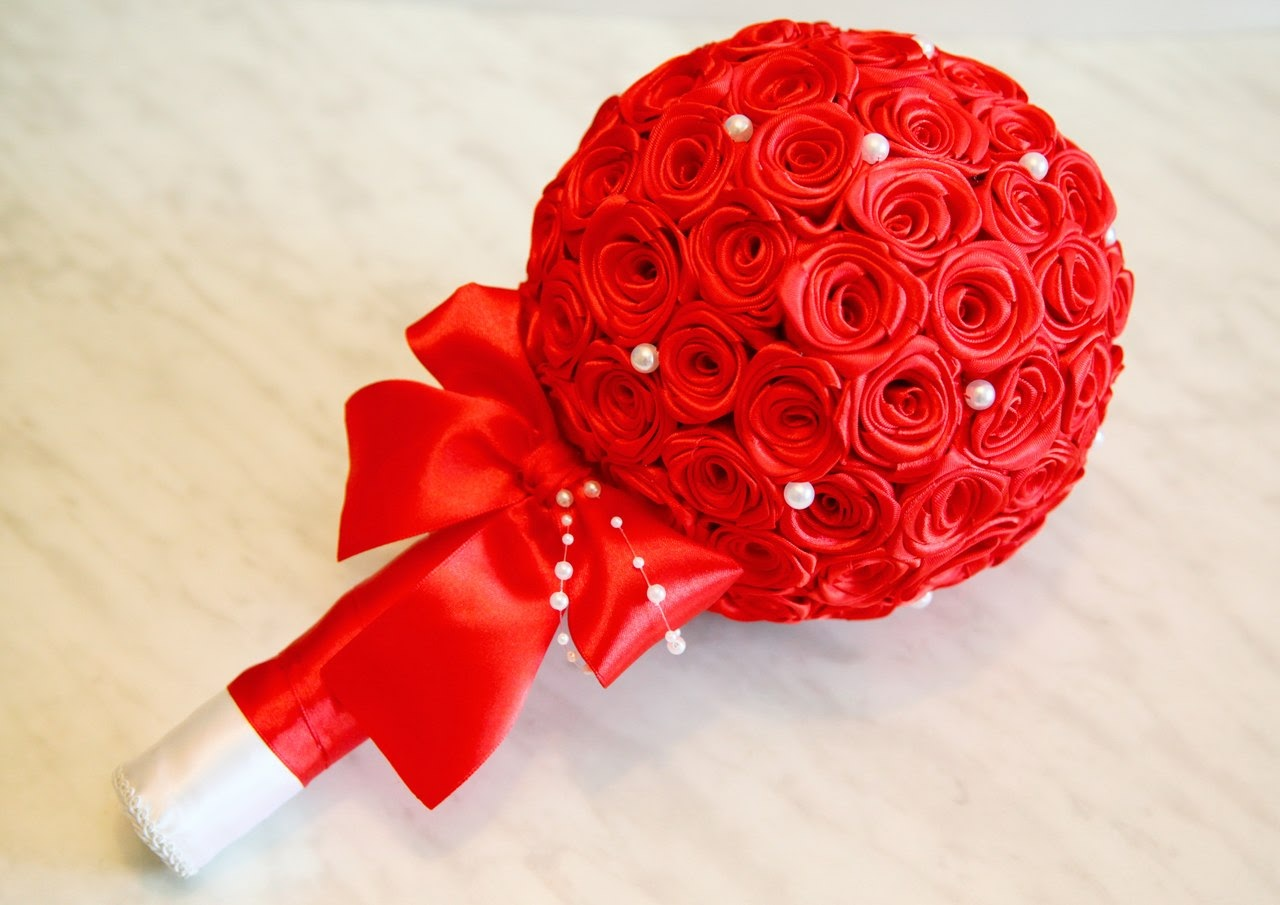 Розы из атласных лент своими 54