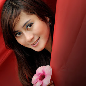 the girl behind the red curtain by Fikri Arief Utama - People Fashion
