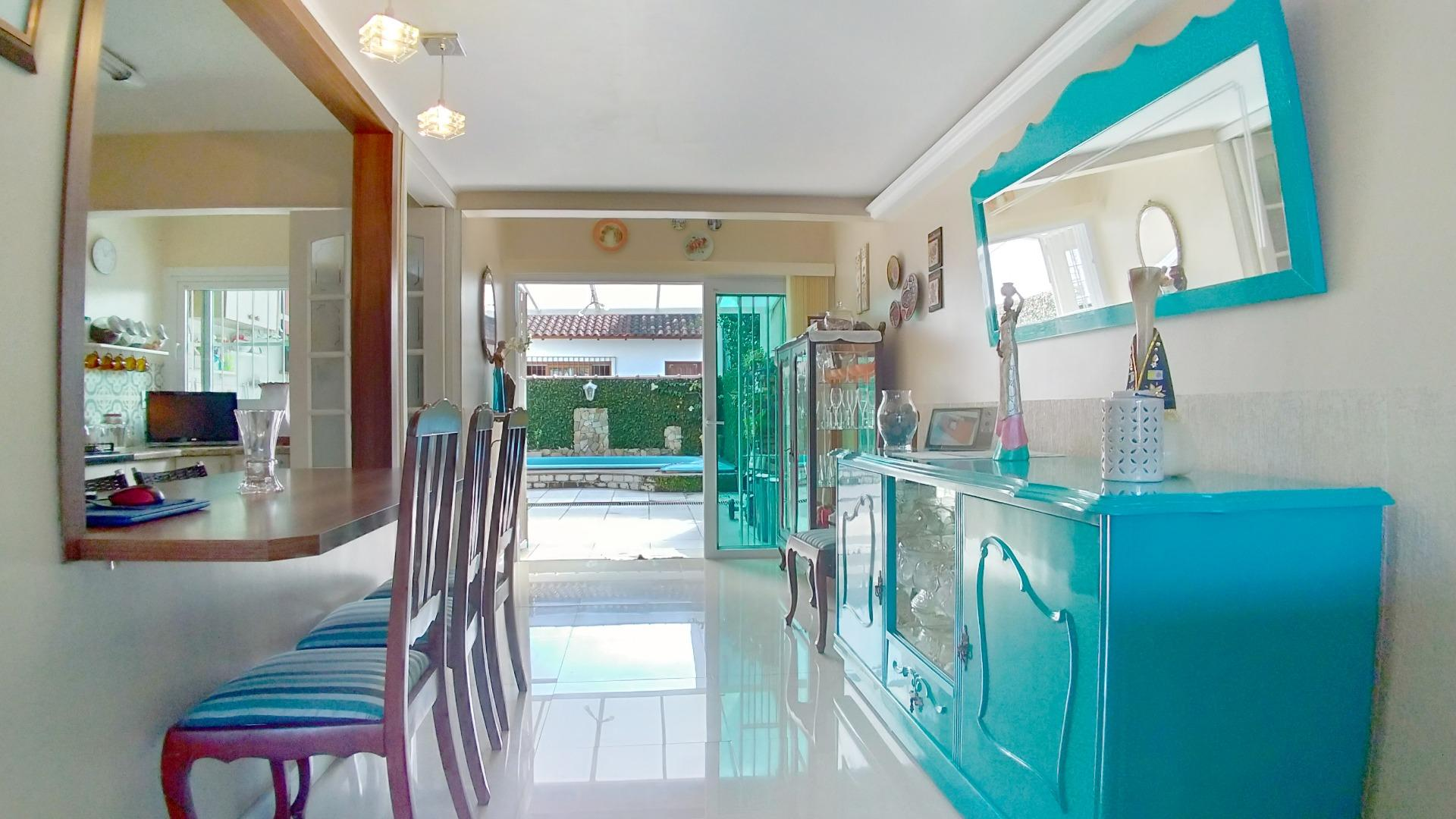 Casa para Venda 151 m²  com 2 quartos