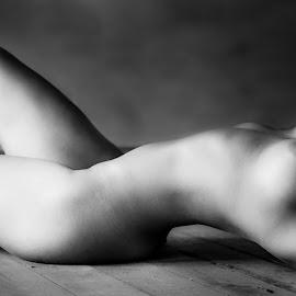 Classique by Marc Anderson - Nudes & Boudoir Artistic Nude ( #classic, #b&w, #nude, #subtle, #nudist )