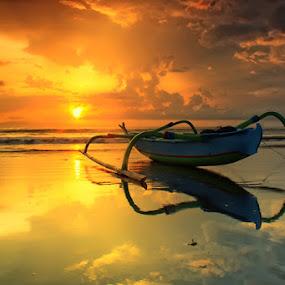 sendiri dalam bayangku by I Gusti Putu Purnama Jaya - Landscapes Sunsets & Sunrises ( adhitz arch, tut bolang, oka parmana, agoes antara, yuditia mendra )