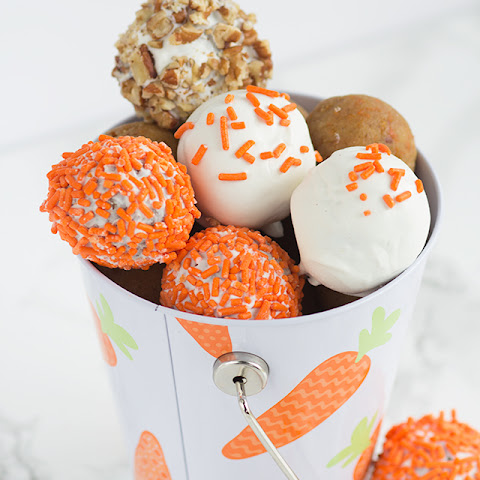 Cream Cheese Carrot Cake Cake Pops