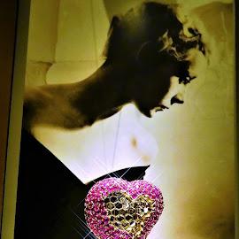 Heart jewelry by Svetlana Saenkova - Artistic Objects Jewelry ( jewelry, dali,  )