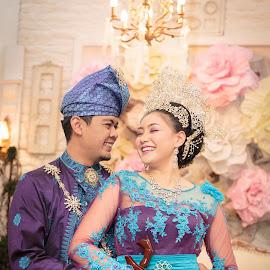 Shafiq & Amirah by Sifer SifersDefinition - Wedding Bride & Groom ( wedding photography, wedding day, weddings, wedding dress, wedding details )