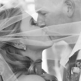by Emily Schmidt - Wedding Bride & Groom