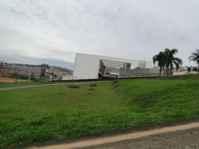 Galpão à venda em Guaianazes, São Paulo - SP