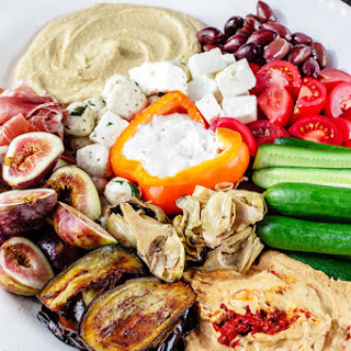 How to Build the perfect Mediterranean Party Platter