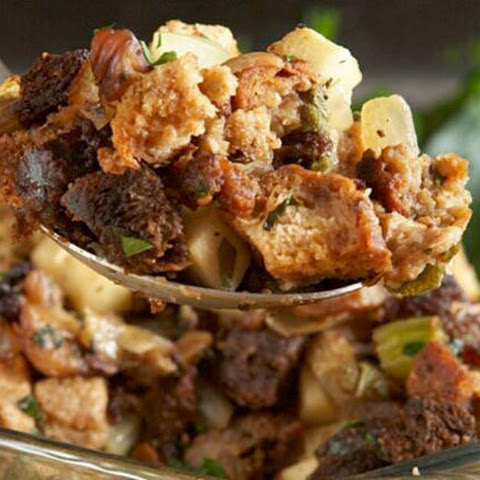Brown Bread Stuffing with Chestnuts, Apples, and Sausage