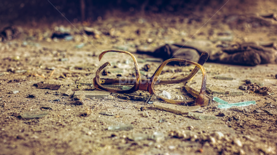 Forgotten in time by Roberto Sorin - Artistic Objects Still Life ( optical, reading, fashion, cutout, concept, old, accident, glasses, street, destruction, retro, object, glow, shot, forgotten, bifocal, sight, break, style, accessory, glass, cracked, repair, eyesight, eyeglasses, eye, frustration, sand, vision, damage, broken glasses, lens, broken, frame, background, eyewear, cut, design, specs, out,  )