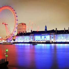 London Eye by Aditya Shrivastava - City,  Street & Park  Vistas ( london eye )