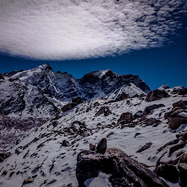 Altitude sickness by Akashneel Banerjee - Instagram & Mobile Android ( clouds, mountain, himalaya, nature, landscape )