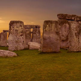 Stonehenge by Craig Hutton - Buildings & Architecture Places of Worship ( druids, temple, stonehenge, stone, wiltshire )