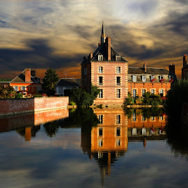 by Alain Labbe Alain - City,  Street & Park  Historic Districts