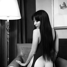 Elegance by ObjeKtiva Artphoto - Nudes & Boudoir Boudoir ( hong kong, model, monochrome, black and white, taiwan, boudoir, elegance, catsuit, asian, sensual, glamour, open, sexy, american, bottom, macau, hot, vonny, feminine )