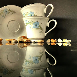 by Janette Ho - Artistic Objects Cups, Plates & Utensils