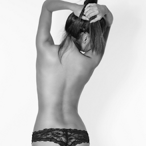 Portrait of a woman. by Brian Sadowski - Black & White Portraits & People ( curve, sexy, muse, woman, back, beauty, hair, portrait,  )