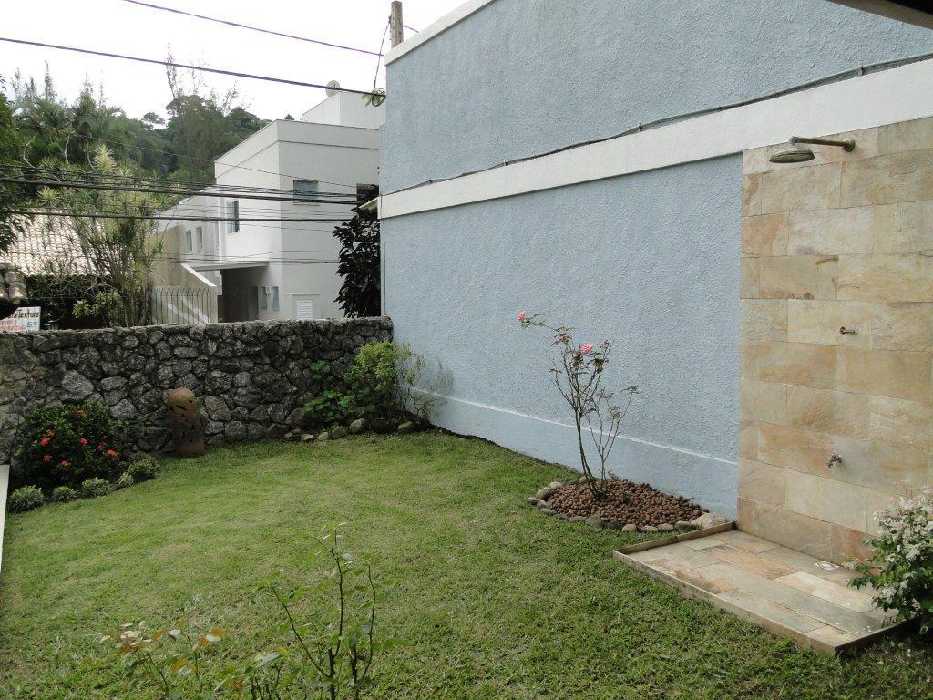 Casa em Mata Paca  -  Niterói - RJ