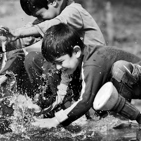 Dreams they have by Adnan Aslam - Babies & Children Children Candids ( water, dreams, poverty, happiness, childre )