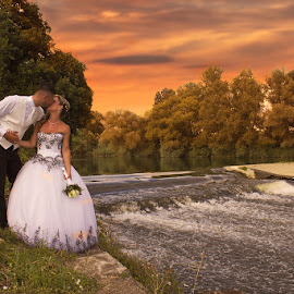 Loveee by Ingrid Vasas - Wedding Bride & Groom ( loveee )