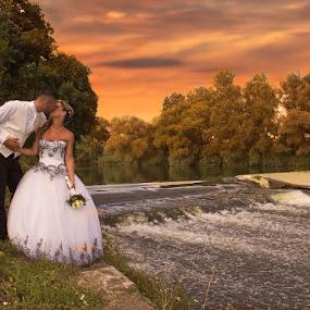 Loveee by Ingrid Vasas - Wedding Bride & Groom ( loveee )