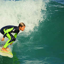 Futur champion by Gérard CHATENET - Sports & Fitness Surfing