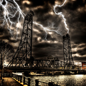 by T. Lee Kindy - Buildings & Architecture Bridges & Suspended Structures