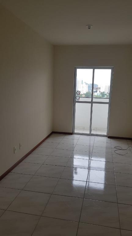 Apartamento com 2 dormitórios para alugar, 92 m² por R$ 1.100/mês