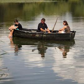 HEVER CASTLE by Guilherme  Junior - Transportation Boats ( nature, transportation, landscapes, people )