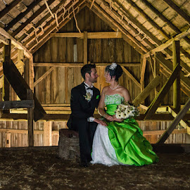 in their barn by Jean-Marc Landry - Wedding Bride & Groom ( barn, mariage )