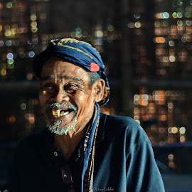 by Tamlikho Tam - People Portraits of Men