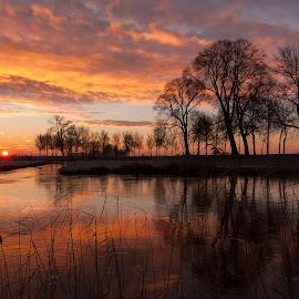 Under a Blood Red Sky by Dlanor Dahl - Landscapes Sunsets & Sunrises ( winter, kampen, dutch, sunrise, landscape )
