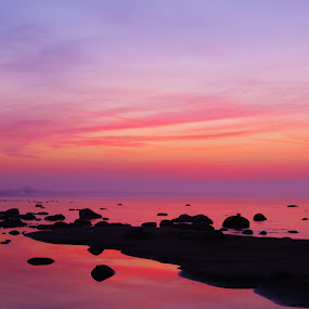 Huron Sunset by Flora Ehrlich - Novices Only Landscapes ( pebble, copy space, waterscape, ocean, rock, beach, landscape, lake shore, coast, pure michigan, camp, pink, water, sand, peaceful, park, lake huron, twilight, pt crescent, sea, lake, great lakes, scenic, coastal, dusk, michigan, new, dawn, red, bay, sunset, background, cove, pt austin, sunrise, hike )