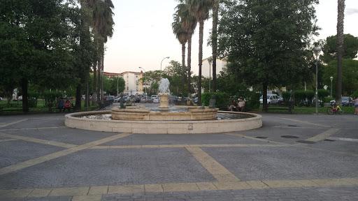 Plaza Del Escultor Garcia Rueda