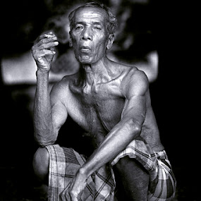 by Mohd Helmie Wahab - People Portraits of Men