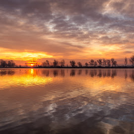 Amazing sunrise by Vedran Vugrinec - Landscapes Sunsets & Sunrises ( reflection, sunrises, lakes, lake, sunrise )
