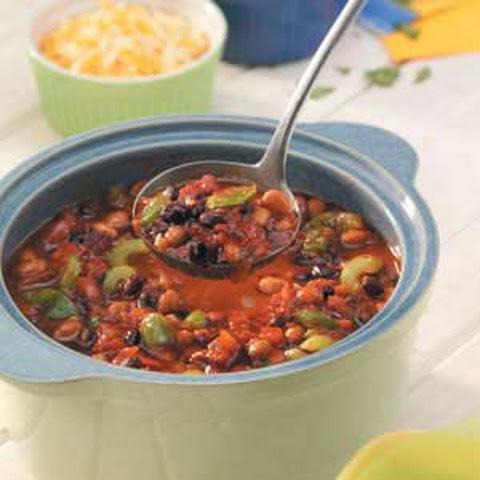 Three-Bean Vegetarian Chili Recipe | Yummly