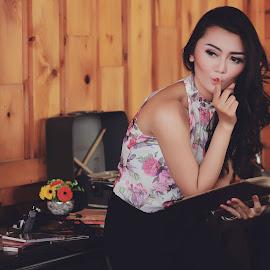 Book 1 by Iwan Setiawan - People Fashion