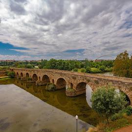 puente romano, Mérida, Badajoz by Roberto Gonzalo Romero - Buildings & Architecture Bridges & Suspended Structures ( puente, romano, roman, mérida, bridge, badajoz )