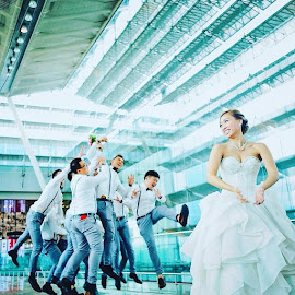 by Tan Li - Wedding Bride ( weddingSingapore )