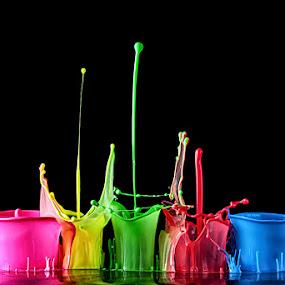 Liquid City by Markus Reugels - Abstract Water Drops & Splashes ( liquid sculpture, wassertropfen, creative, tropfenfotografie, colors, liquid art, art, flow, vibrant, glimpsecatcher, high speed, refraction, makro, water drop, macro, nature, markus reugels, droplet, maianer, wonder )