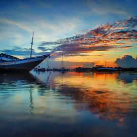 .:: fireblast ::. by Setyawan B. Prasodjo - Transportation Boats