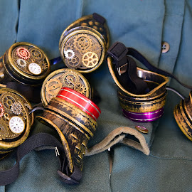 Goggles by Marco Bertamé - Artistic Objects Other Objects ( red, steampunkk, purple, decoration, goggle, yellow, golden )