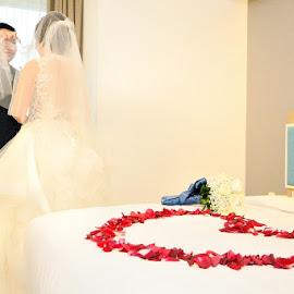 by Rudyanto A. Wibisono - Wedding Bride & Groom