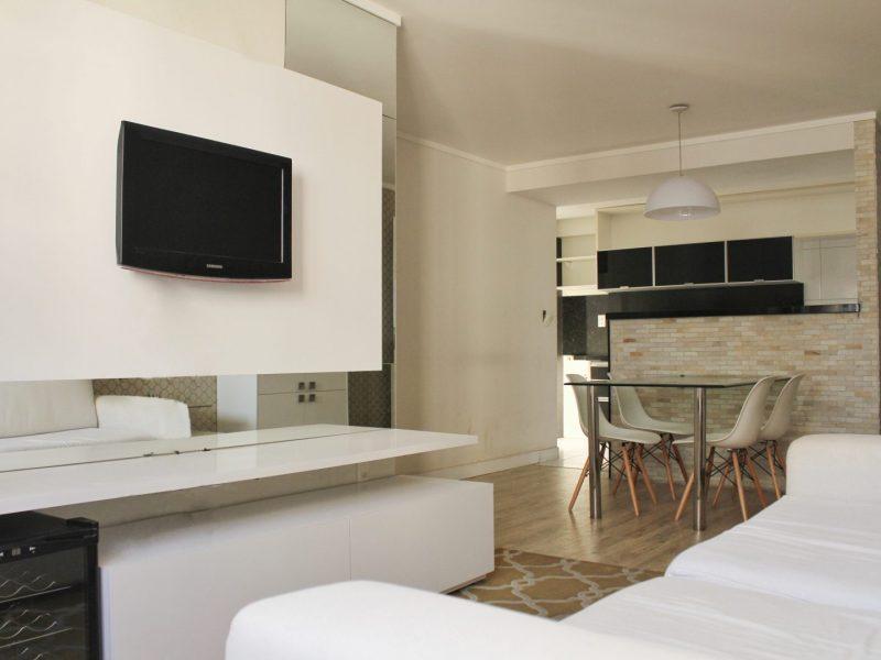 Apartamento com 3 dormitórios à venda, 68 m² por R$ 280.000,00 - Manaíra - João Pessoa/PB