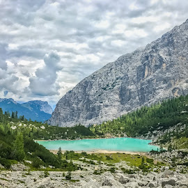 by Mario Horvat - Instagram & Mobile iPhone ( lago, mountains, dolomiti, sorapis, dolomites, lčake, landscape, iphone )