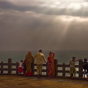The human rainbow by Pranav Babu - People Street & Candids ( kanyakumari india, tamil nadu )