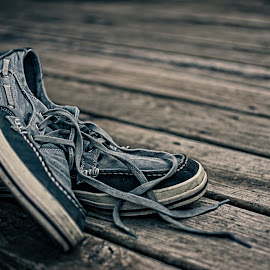 Resting by Dale Minter - Artistic Objects Clothing & Accessories ( shoes, grunge, wood, blue, skechers )