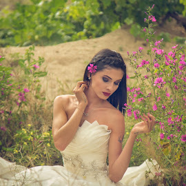 Beauty in Nature by Mutlu Anlar Photography - Wedding Bride ( mutluanlar, wedding, beauty in nature, beauty )
