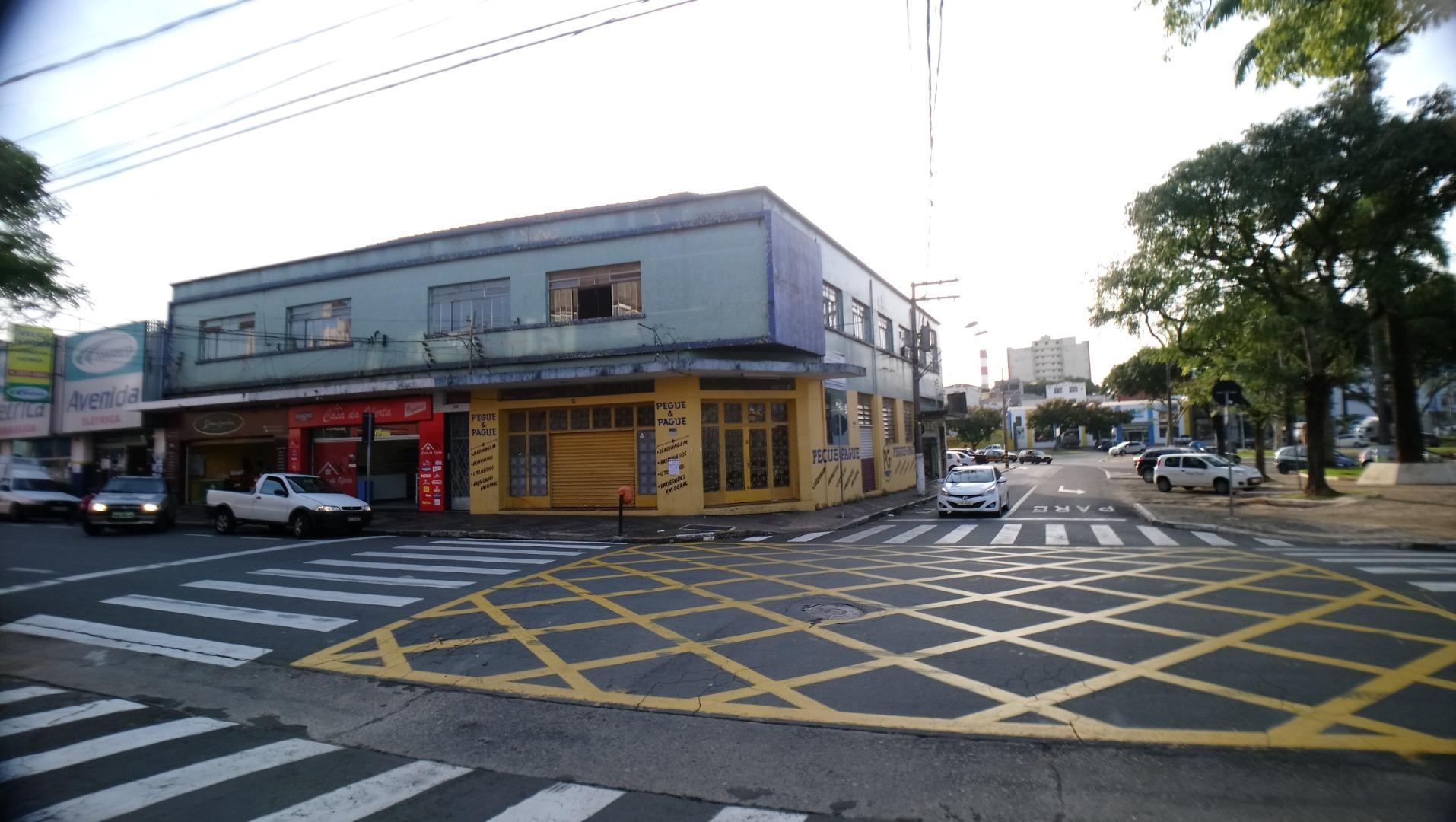 PREDIO COMERCIAL COM 12 SALAS E 4 SALÕES à venda, 767 m² por R$ 3.500.000 - Vila Olivo - Valinhos/SP
