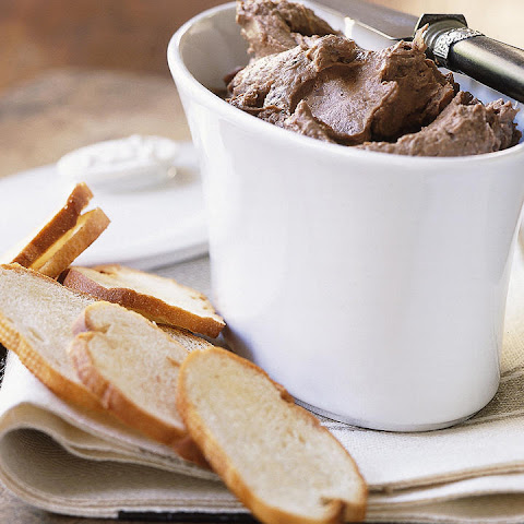 Chicken Liver Pâté with Toast